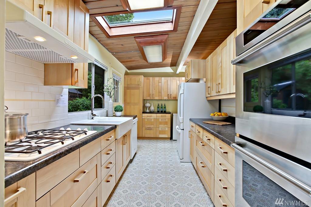 9755 Kitchen