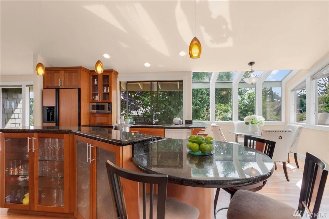 13945 Kitchen