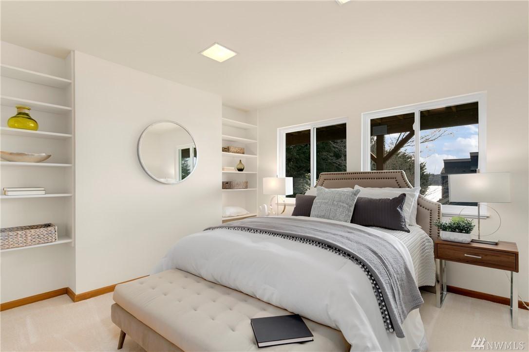 8049 Guest Bedroom
