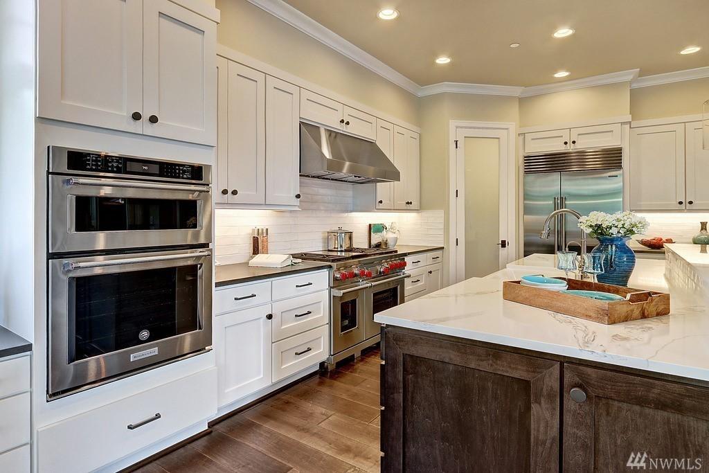 8130 Kitchen 2