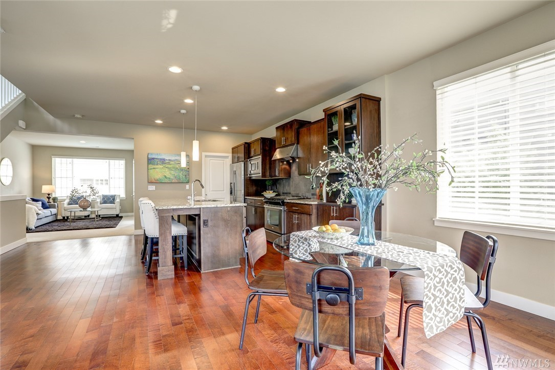 889 Dining Kitchen Living